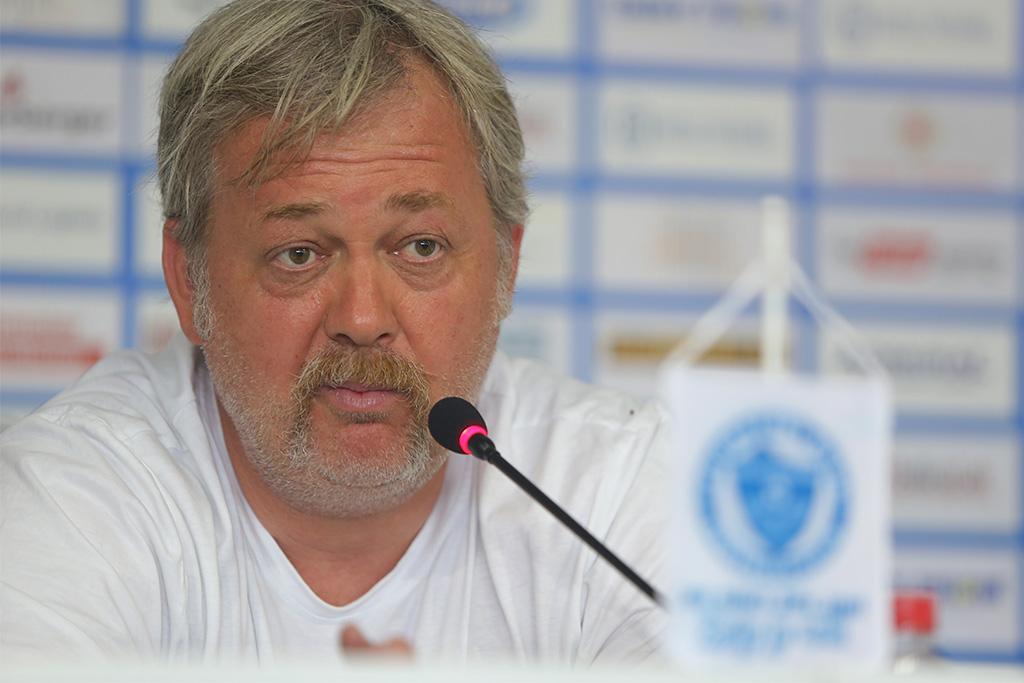 Press NK Celik FK Zeljeznicar, Amar Osim