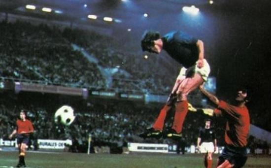 Čuveni pogodak Josipa Katalinskog protiv Španije